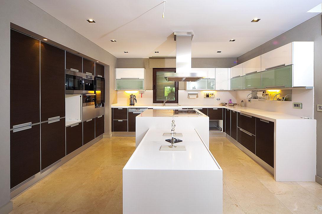Kitchen showroom new kitchens kitchen renovation ideas for New kitchen renovation ideas
